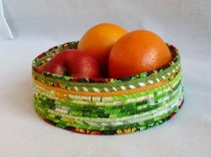 текстильная ваза из лоскутков