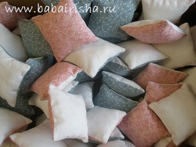 подушечки-заготовки размером 6,5х6,5см