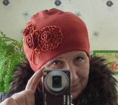 Новая шапка из старой кофты за 20 минут