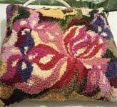 Вышивка в ковровой технике «продергивание нитей»
