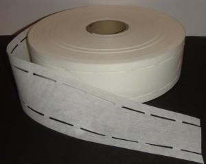 перфорированная клеевая прокладка в пояс